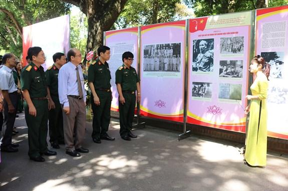 """Triển lãm """"Chủ tịch Hồ Chí Minh với ngành Hậu cần Quân đội"""""""
