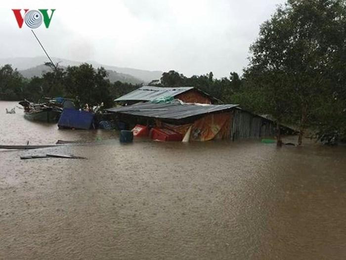 Thủ tướng gửi Điện thăm hỏi tình hình mưa lũ ở Campuchia
