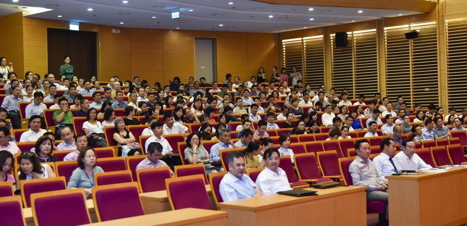 Đảng bộ Bộ Ngoại giao học tập, quán triệt và triển khai thực hiện Nghị quyết Hội nghị lần thứ 7