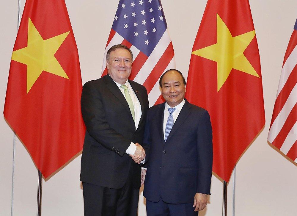 Thủ tướng Nguyễn Xuân Phúc tiếp Ngoại trưởng Hoa Kỳ Michael Pompeo