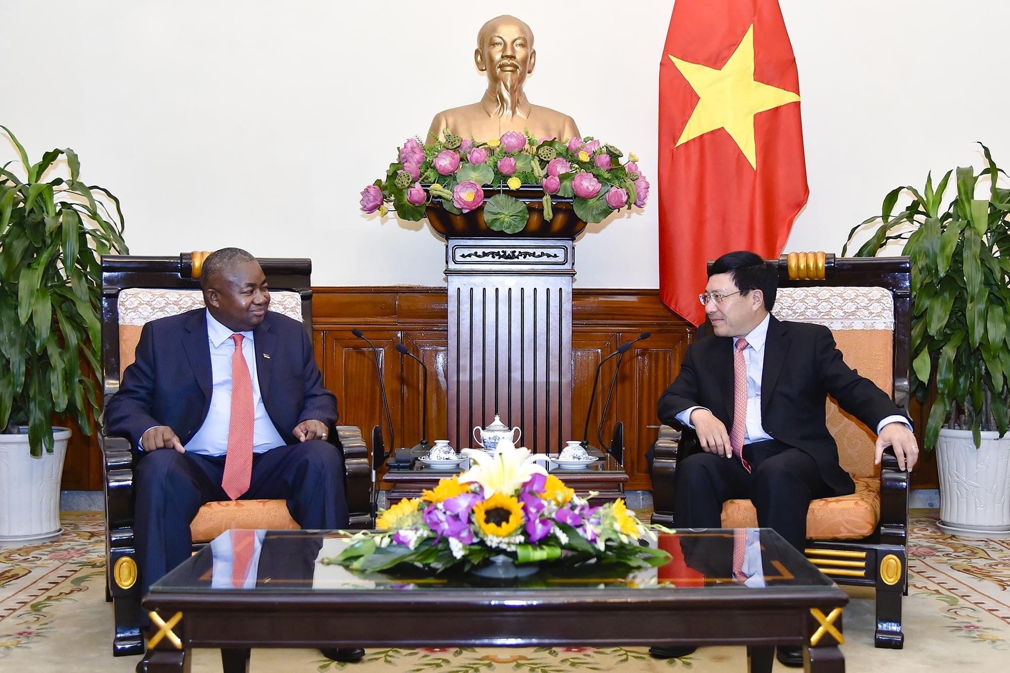 Việt Nam coi trọng phát triển quan hệ với Mô-dăm-bích