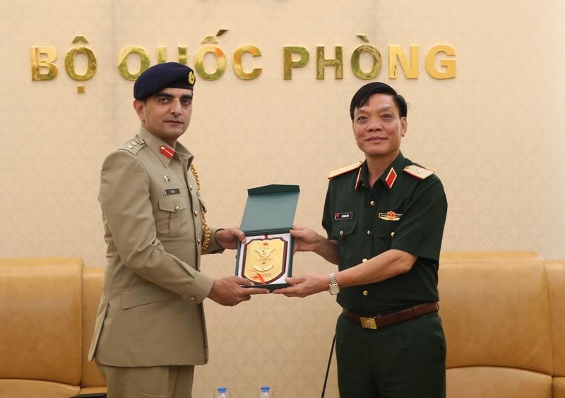 Việt Nam - Pa-ki-xtan tăng cường hợp tác trong lĩnh vực quốc phòng