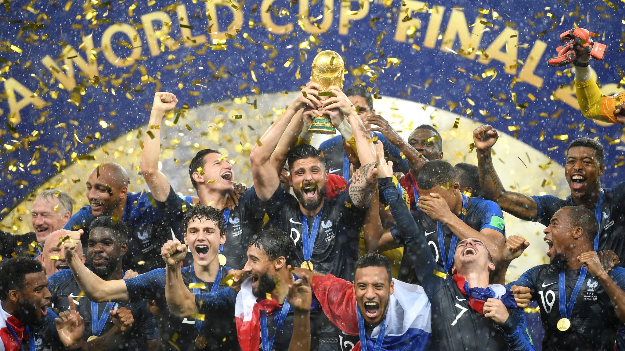 Pháp vô địch World Cup sau cơn mưa bàn thắng