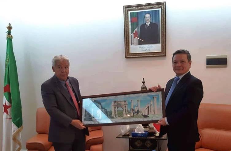 Thúc đẩy quan hệ hữu nghị, hợp tác giữa Việt Nam và tỉnh Setif (Algeria)