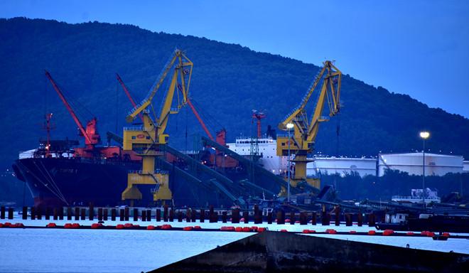 Cho phép khai quật tàu cổ chìm ở Dung Quất
