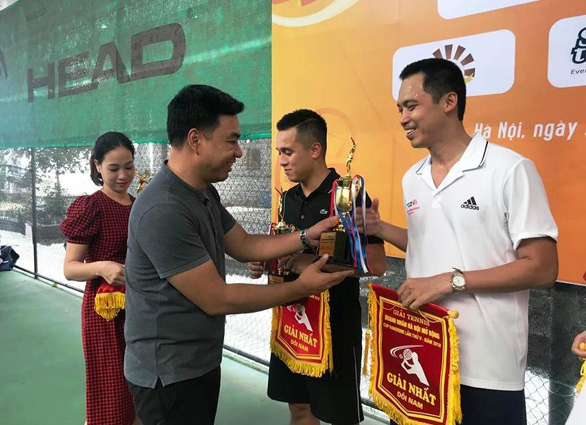 Sôi nổi Giải Tennis Doanh nhân Hà Nội mở rộng lần thứ V