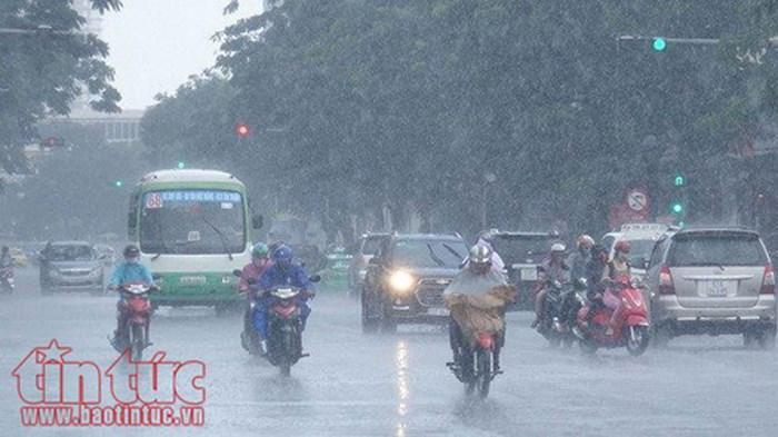 Bắc bộ, Trung bộ đầu tuần có mưa, đề phòng lốc xoáy, gió giật mạnh