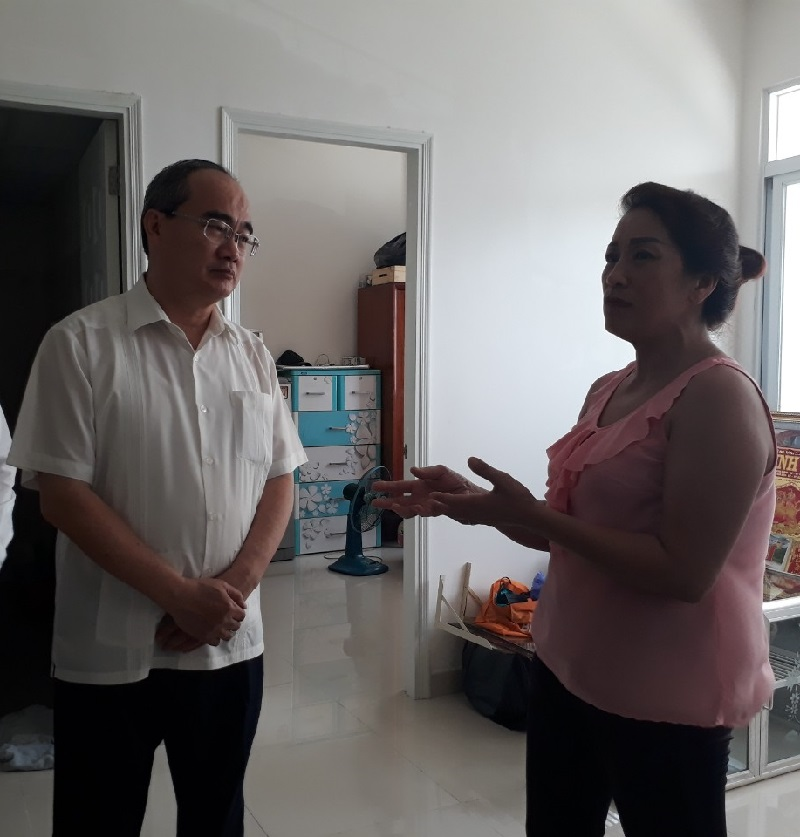 Bí thư Thành ủy TP. Hồ Chí Minh thăm người dân bị ảnh hưởng bởi dự án Khu đô thị mới Thủ Thiêm