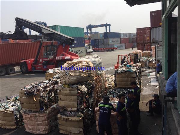 Tồn đọng gần 6.000 container phế liệu tại các cảng