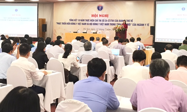 Phát triển nền Đông y để đáp ứng nhu cầu khám chữa bệnh của nhân dân