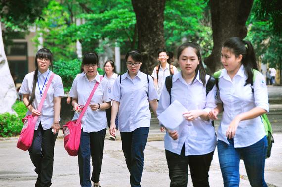 Hà Nội hạ điểm chuẩn vào lớp 10 của 35 trường công lập