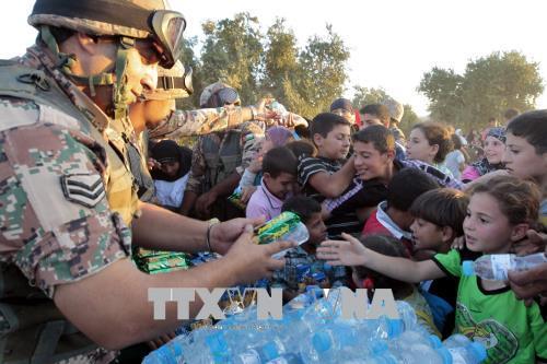 Jordan hỗ trợ dòng người tị nạn Syria