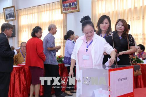 Hội người Việt Nam tại thủ đô Viêng Chăn tổ chức thành công Đại hội đại biểu khóa X