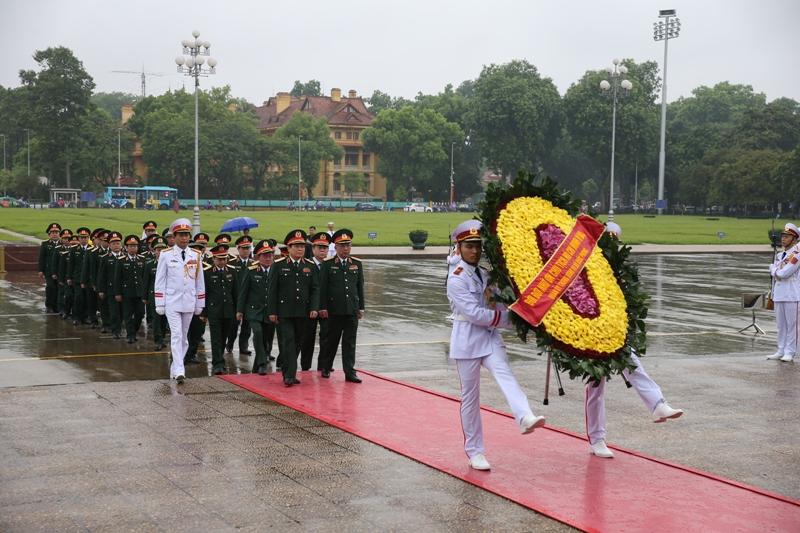 Đoàn Quân ủy Trung ương, Bộ Quốc phòng tưởng niệm các anh hùng liệt sỹ và viếng Chủ tịch Hồ Chí Minh