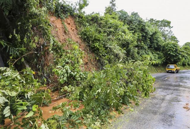 Đêm 14/7, nhiều khu vực ở miền Bắc có mưa to, nguy cơ cao sạt lở đất