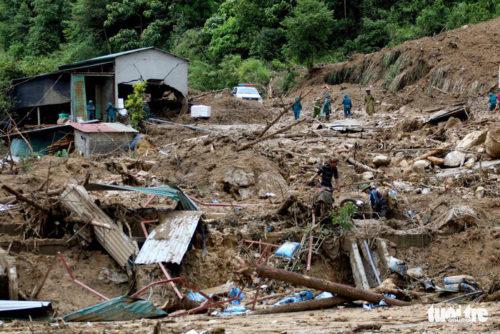 60 người chết, mất tích và bị thương do mưa lũ