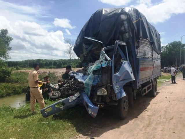 Xác định nguyên nhân vụ tai nạn giao thông khiến 4 người thương vong tại Bình Dương