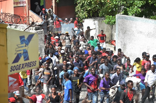 Biểu tình biến thành bạo loạn tại Haiti gây quan ngại