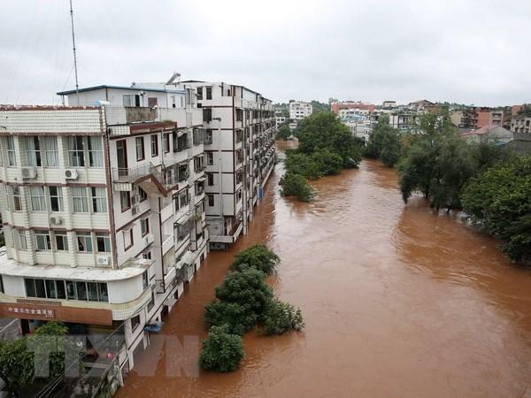 Mưa lũ ở khu vực Tây Nam Trung Quốc khiến 100.000 người phải sơ tán