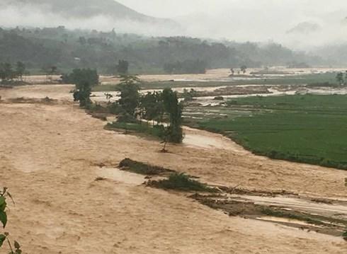 Cứu trợ khẩn cấp cho người dân tỉnh Yên Bái bị ảnh hưởng mưa lũ