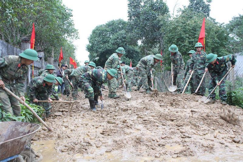 Quảng Trị: Bộ đội chung sức với đồng bào vùng đặc thù