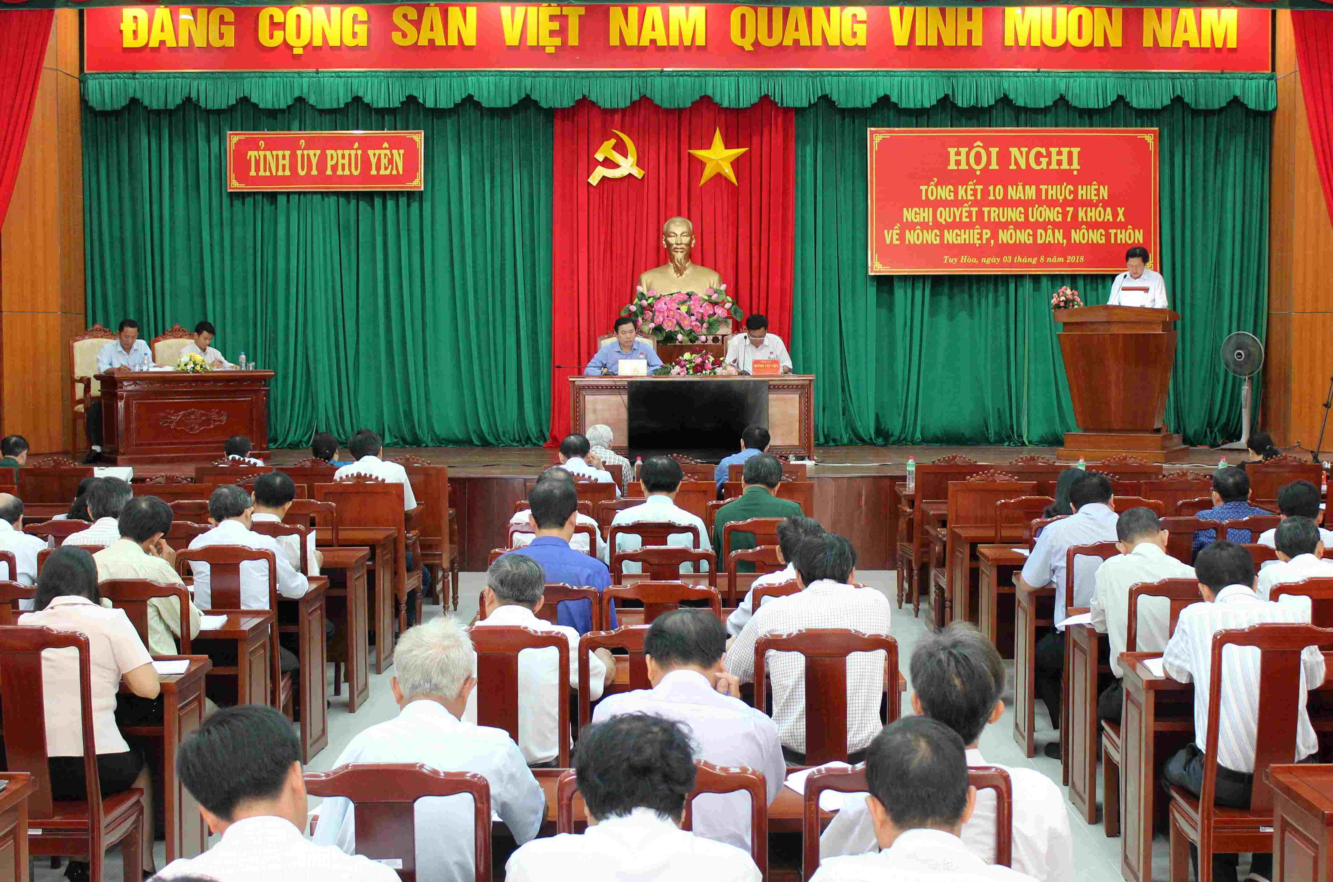 Phú Yên: Nhiều kết quả quan trọng trong thực hiện Nghị quyết Trung ương 7 khóa X