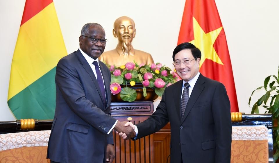 Việt Nam coi trọng phát triển quan hệ với Cộng hòa Ghi-nê