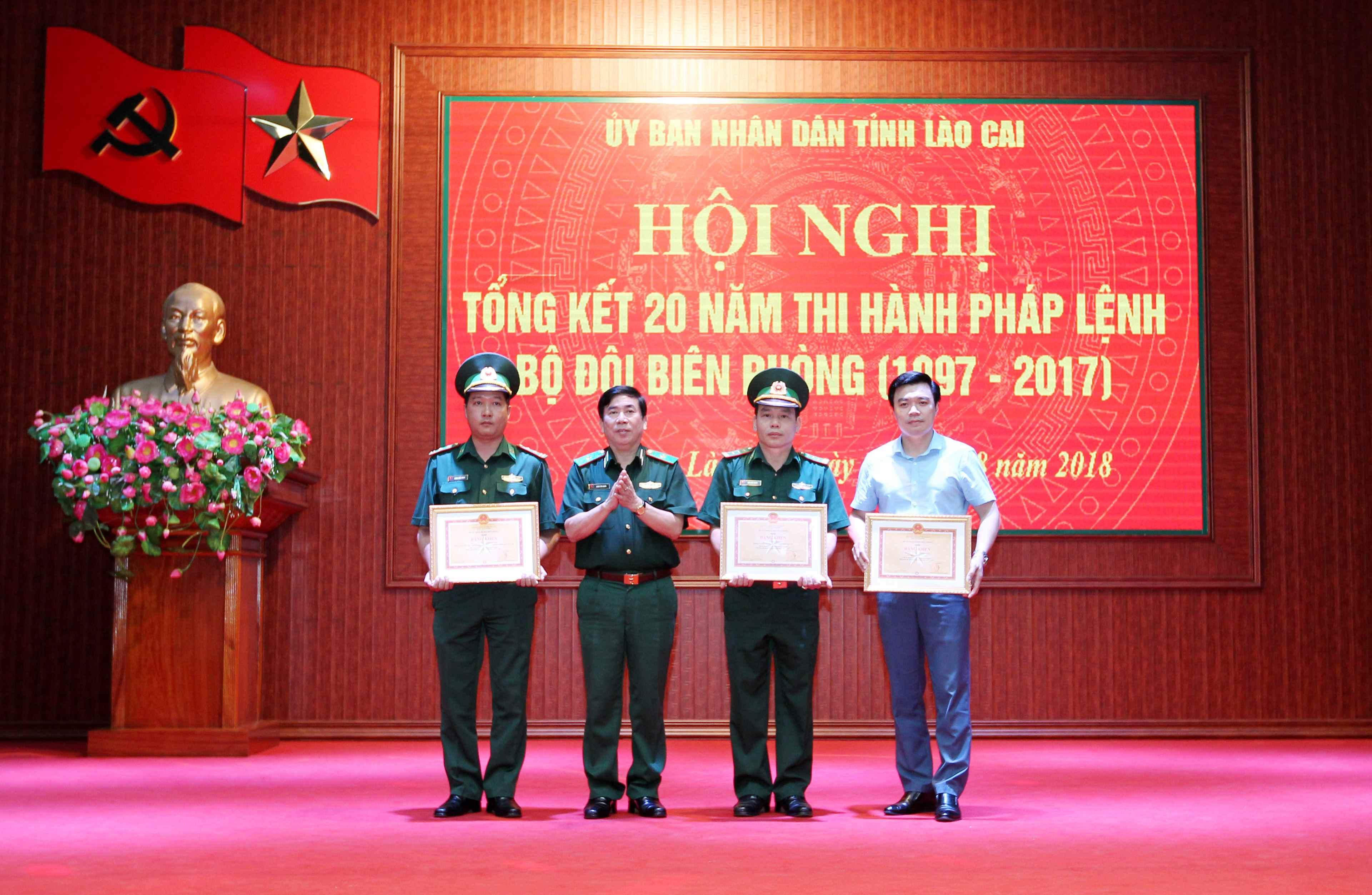 Lào Cai tổng kết 20 năm thi hành Pháp lệnh Bộ đội Biên phòng