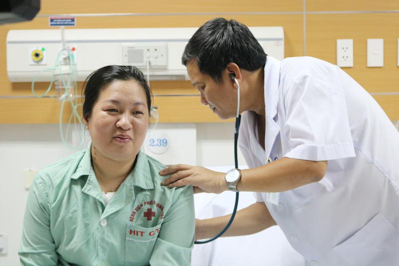 Lần đầu tiên thực hiện thành công ca phẫu thuật lồng ngực có sử dụng máy tim phổi nhân tạo