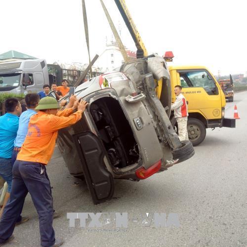 Tai nạn giao thông nghiêm trọng trên Quốc lộ 5 làm 5 người bị thương