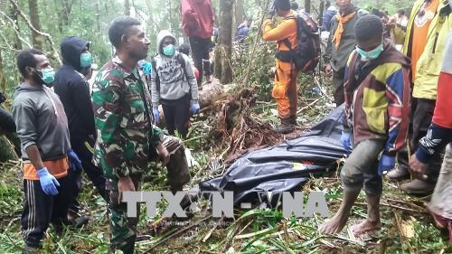 Thương vong lớn trong vụ rơi máy bay ở Indonesia