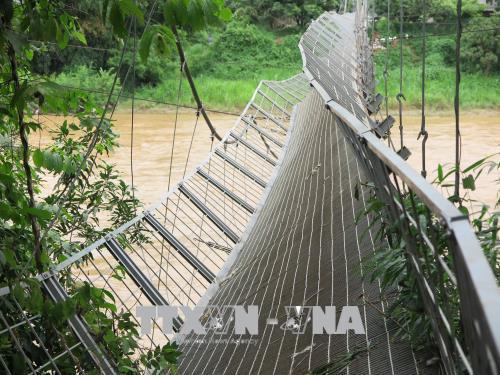 Sơn La: Hàng nghìn người dân bị ảnh hưởng vì cầu treo tuột cáp