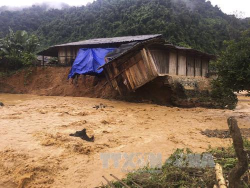 Nguy cơ cao xảy ra lũ và sạt lở đất ở vùng núi phía Bắc