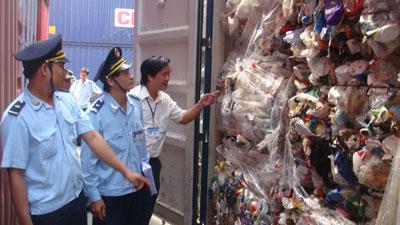 Thanh tra toàn diện việc bảo vệ môi trường trong nhập khẩu phế liệu trong tháng 8