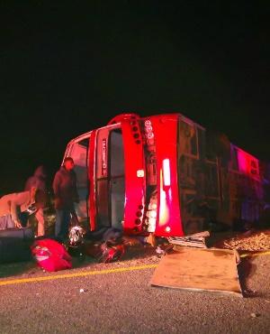 Tai nạn xe buýt nghiêm trọng ở Nam Phi gây nhiều thương vong