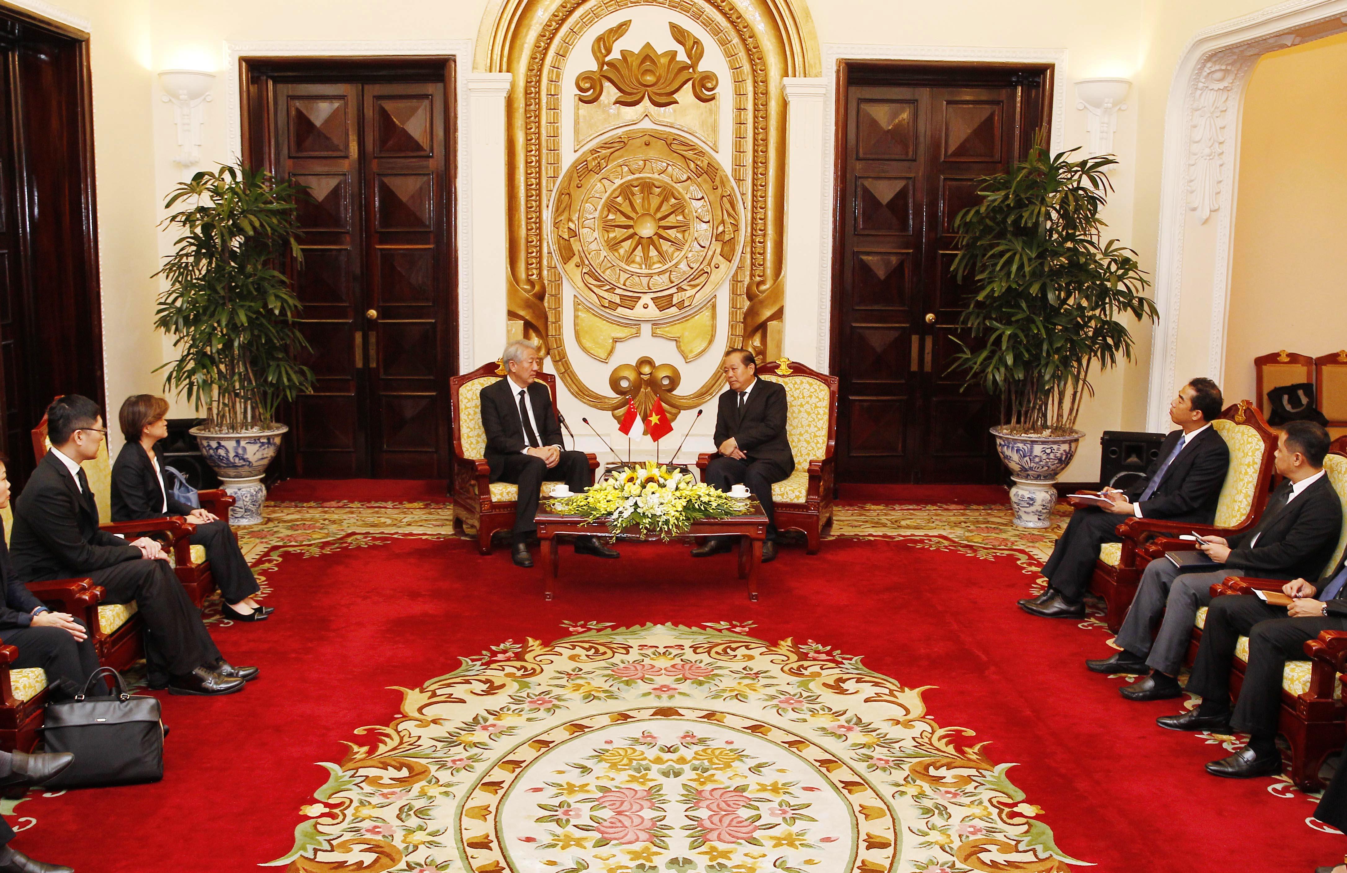 Phó Thủ tướng Trương Hòa Bình tiếp Phó Thủ tướng, Bộ trưởng An ninh Quốc gia Xinh-ga-po Tiêu Chí Hiền