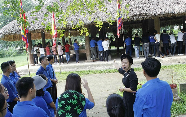 Đoàn Khối các cơ quan Trung ương tổ chức hành trình về nguồn