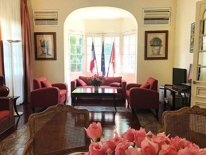 Thăm biệt thự Pháp tại Hà Nội