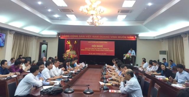 Tập trung tuyên truyền triển khai các Nghị quyết Trung ương 6, Trung ương 7 (khóa XII)