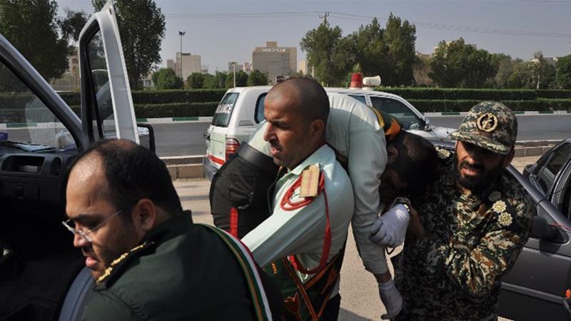 Iran: Tấn công khủng bố tại lễ duyệt binh khiến hàng chục người thương vong