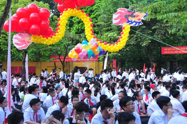 Rộn ràng Lễ khai trường tại Hà Nội