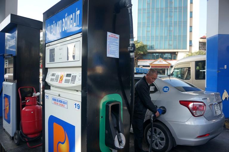 Giá xăng dầu tăng từ 15h ngày 21/9