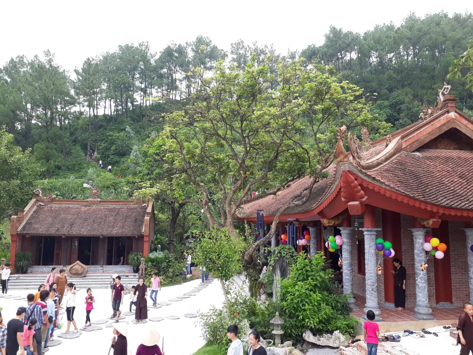 Chùa Địa Tạng Phi Lai Tự - ngôi chùa nổi tiếng với nét đẹp yên bình tại Hà Nam