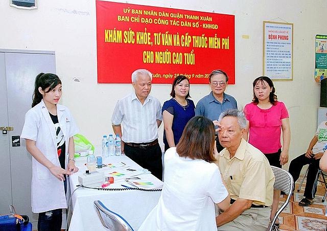 Hà Nội: Tiếp tục thực hiện tốt việc chăm sóc sức khỏe nguời cao tuổi