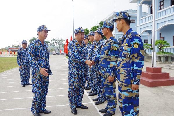 Tư lệnh Hải quân thăm, kiểm tra Lữ đoàn 147, Vùng 1 Hải quân