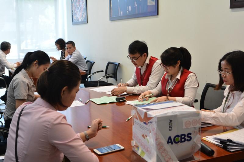 Bán được 5,4 triệu cổ phần Tổng công ty Hàng hải Việt Nam