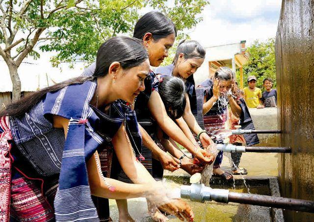 Tăng mức tín dụng cho công trình nước sạch nông thôn lên 10 triệu đồng/hộ/công trình