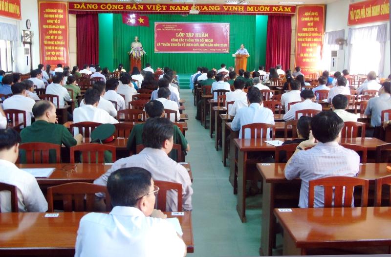 Kiên Giang: Tập huấn công tác thông tin đối ngoại và tuyên truyền về biên giới, biển đảo năm 2018  