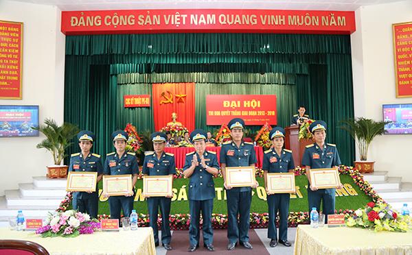Cục Kỹ thuật Quân chủng Phòng không Không quân tổ chức Đại hội Thi đua Quyết thắng
