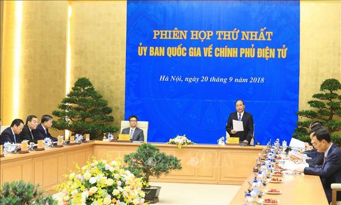 Thủ tướng Nguyễn Xuân Phúc chủ trì Phiên họp thứ nhất Ủy ban quốc gia về Chính phủ điện tử